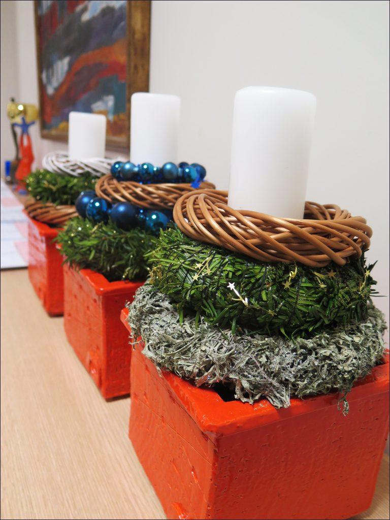 HORTUS-MAGICUS-kaledine-kompozicija-biure.-Christmas-decoration-